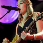 Colbie Caillat-Review